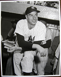 Photo of Osvaldo Salas's photograph of Joe DiMaggio.
