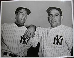 Photo of Osvaldo Salas's photograph of Phil Rizzuto and Yogi Berra.